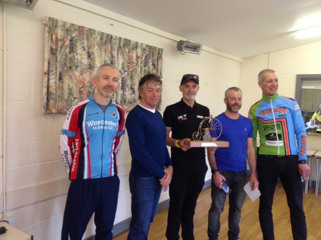 The Welland Trophy LVRC/VTTA TT - winning LVRC team