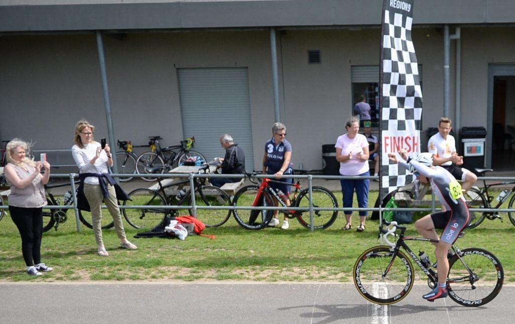 Geoff Wiles winning the Eddie Cook Memorial RR